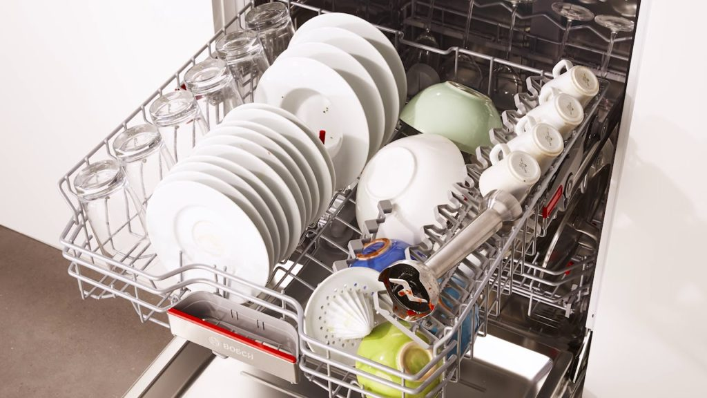 Use A Proper Way To Load A Dishwasher